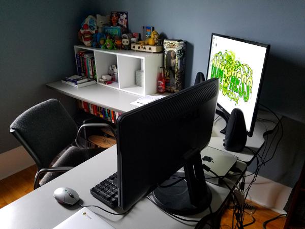 Dom's Desk